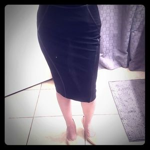 Donna Karan pencil skirt size 8